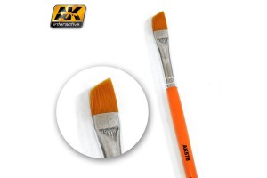 DIAGONAL WEATHERING BRUSH - AK578