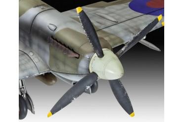 Plastic ModelKit letadlo 03927 - Spitfire Mk.IXC (1:32)