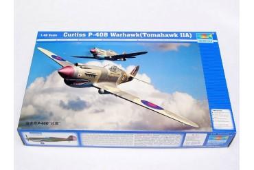 Curtiss P-40B Warhawk (Tomahawk MKIIA) (1:48) - 02807