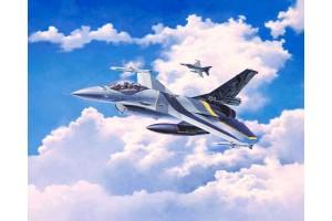 Plastic ModelKit letadlo 03905 - Lockheed Martin F-16 MLu 100th Anniversary (1:72)