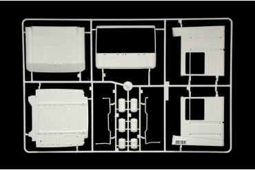 Model Kit truck 3941 - Renault AE500 Magnum (2001) (1:24)