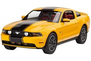 Model Set auto 67046 - 2010 Ford Mustang GT  (1:25)