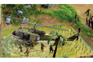 Model Kit diorama 6184 - Operation Silver Bayonet - Vietnam War 1965 (1:72)