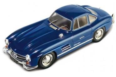 Model Kit auto 3645 - Mercedes Benz 300 SL Gullwing (1:24)