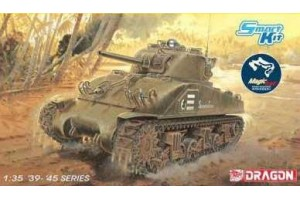 "Model Kit tank 6740 - M4 Sherman """"Composite Hull"""" PTO w/Magic Track (Smart Kit) (1:35)"