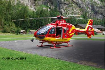 Plastic ModelKit vrtulník 04986 - EC 135 Air Glaciers (1:72)