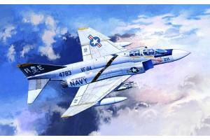 "Model Kit letadlo 12305 - F-4J ""VF-84 JOLLY ROGERS"" (1:48)"
