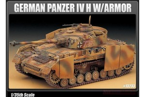 Model Kit tank 13233 - GERMAN PANZER IV H W/ARMOR (1:35)
