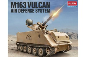 Model Kit military 13507 - US ARMY M163 VULCAN (1:35)