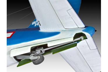 Plastic ModelKit letadlo 04781 - Vought F4U-1D Corsair (1:32)