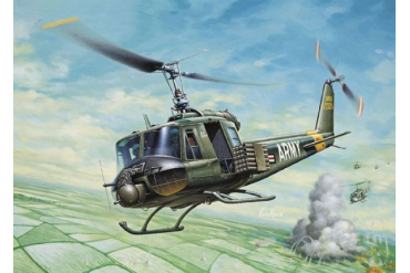 UH-1B HUEY (1:72) - 0040