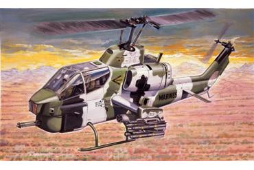 AH-1W SUPER COBRA (1:72) - 0160