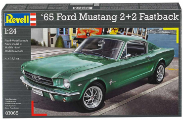 Plastic ModelKit auto 07065 - 1965 Ford Mustang 2+2 Fastback (1:25)