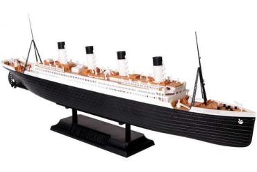Model Kit loď 9059 - R.M.S. Titanic (1:700)