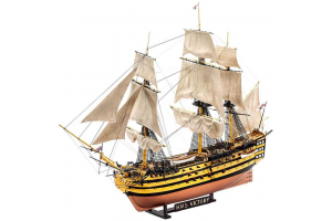 "Gift Set loď 05767 - ""Battle of Trafalgar"" (1:225)"