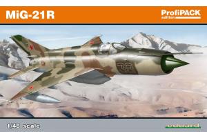 MiG-21R 1:48 - 8238